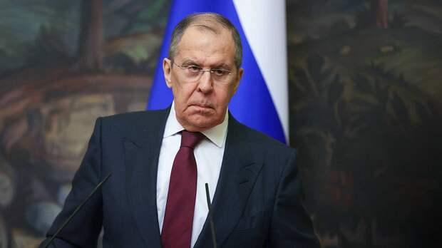«Это очень опасные игры»: Лавров рассказал о готовности России противостоять расширению НАТО