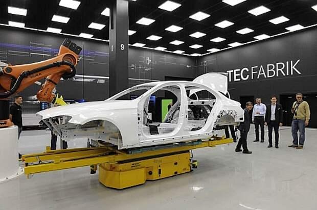Mercedes-Benz E2