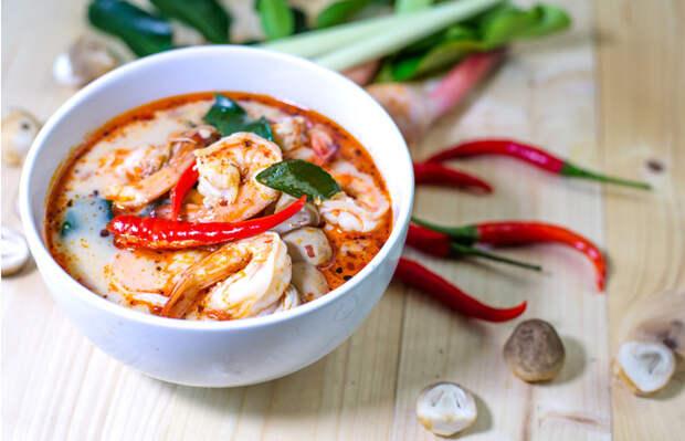 5 простых блюд тайской кухни, которые стоит попробовать прямо сейчас