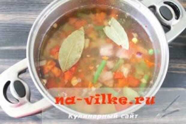 Суп с мексиканской смесью и соленой грудинкой