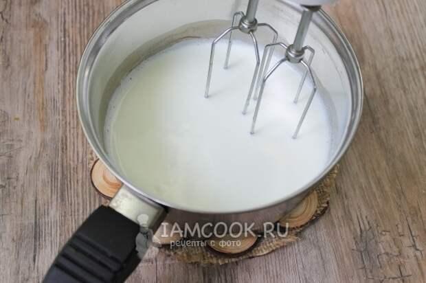 Взбить молоко