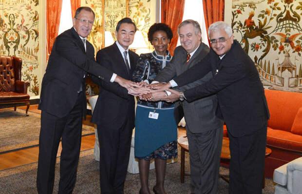 БРИКС не оставит G7 никаких шансов