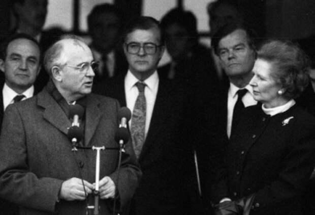 Как Маргарет Тэтчер завербовала Михаила Горбачева