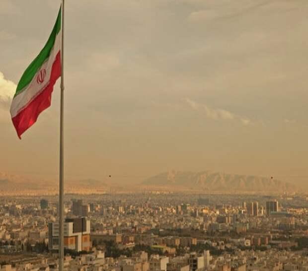 Саудовская Аравия намерена оборвать все коммерческие связи с Тегераном