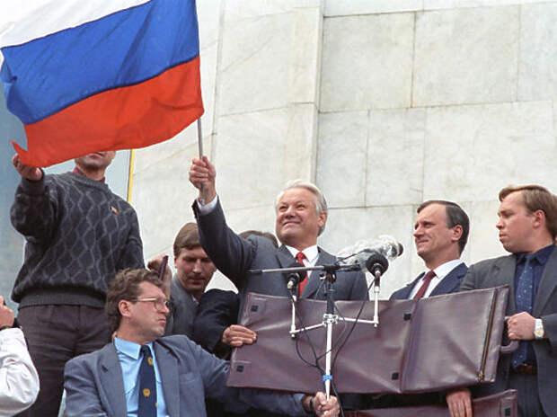 В чем виноват Путин. «Серый кардинал» Бурбулис дает совет президенту