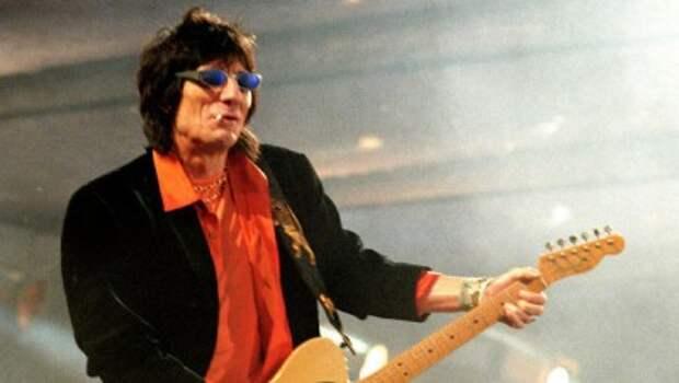 Участник группы Rolling Stones Ронни Вуд в 68 лет стал отцом близнецов
