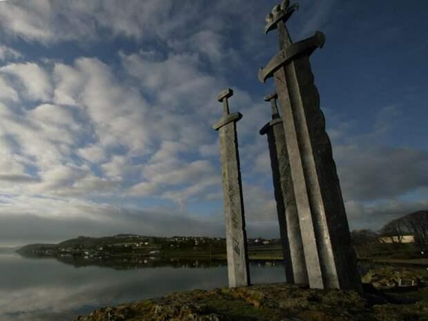 Памятник в Норвегии.