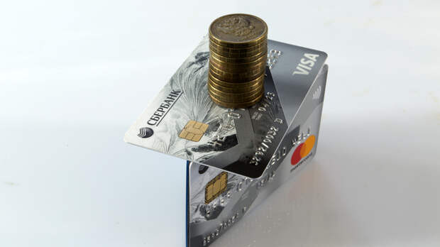 Сбербанк ввел дополнительный сбор на покупку валюты: уловка с дисконтом обогащает банкиров