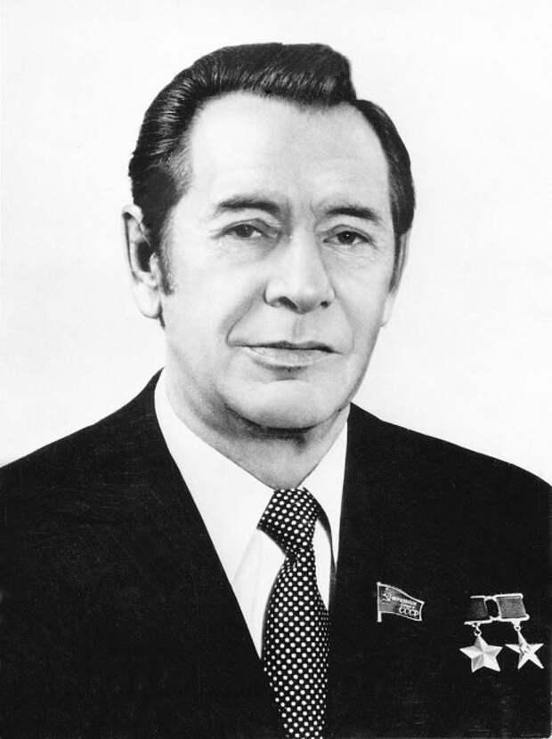 Глава Белоруссии мог сменить Брежнева и спасти СССР