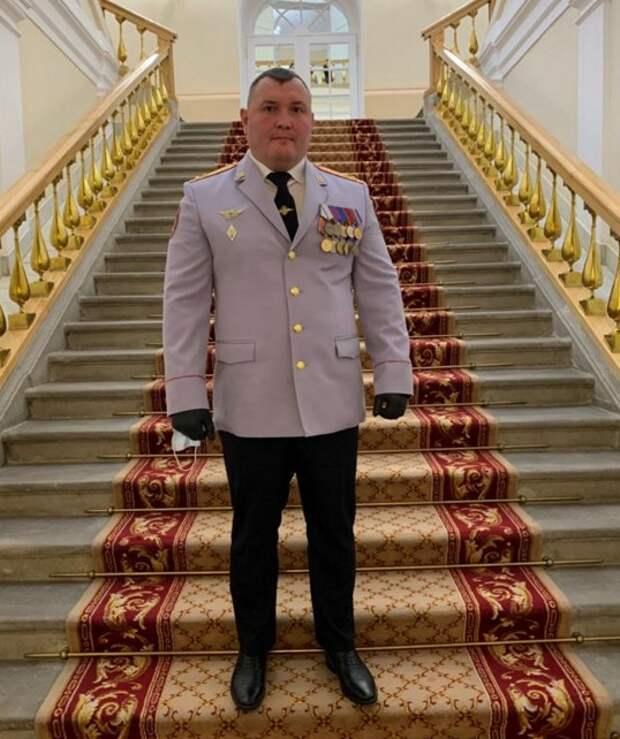 Полицейского из Строгина наградили премией мэра Москвы