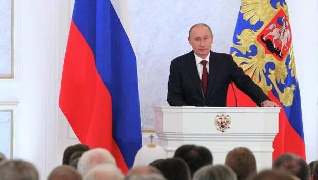Михаил Делягин: Меня глубоко потрясло, что президент дает поручения правительству!