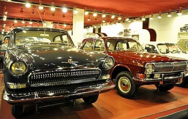 ГАЗ-21 ГАЗ-24 (экспозиция музея)