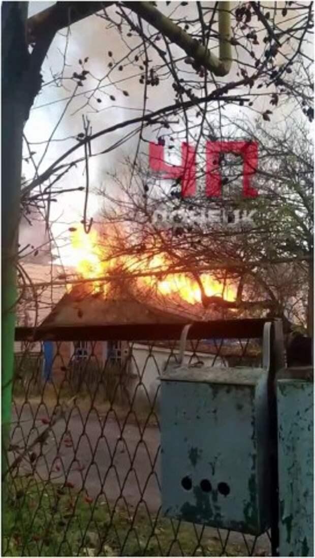 В Донецке на ул. Павла Беспощадного горел жилой дом