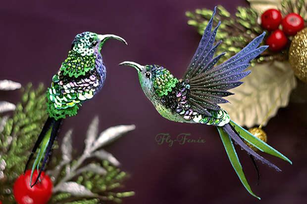миниатюрная брошь - сизый колибри в полете