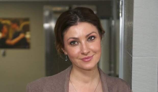 «Она больная», – Анастасия Макеева продолжает раздувать скандал с 14-летней дочкой мужа