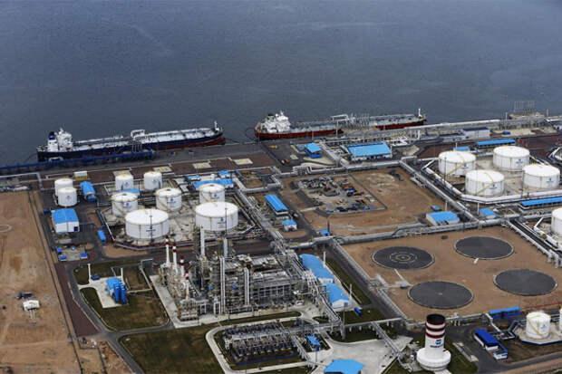 """""""Газпром"""" заключил огромный для России газовый контракт"""