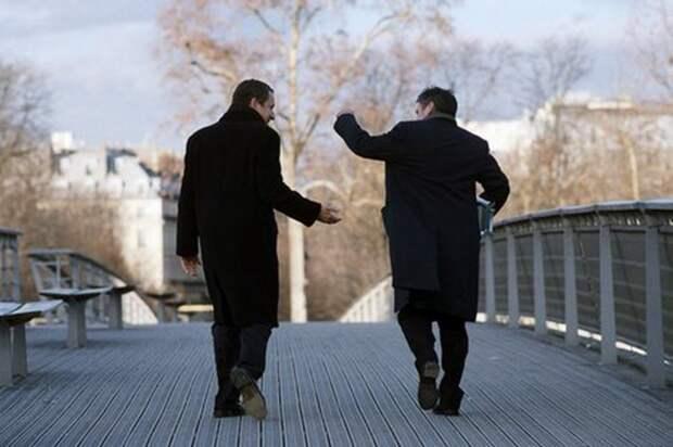 «Не завидуй другу…»: стихотворение Игоря Северянина о настоящей дружбе