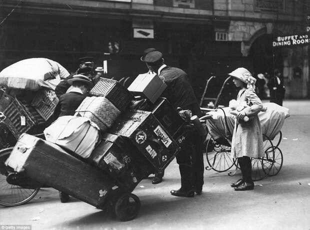 Как отдыхали британцы 100 лет назад