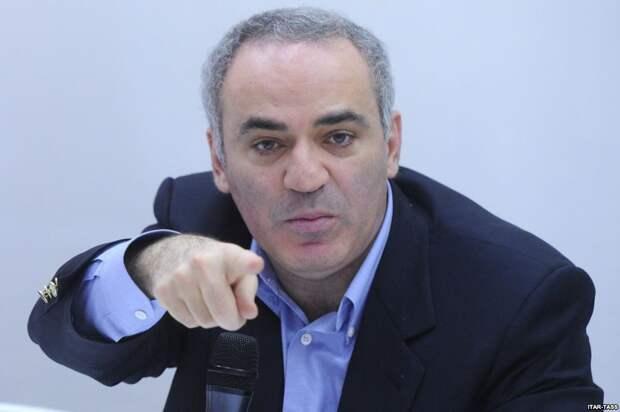 Гарри Каспаров уверен, что еще понадобится своей родине