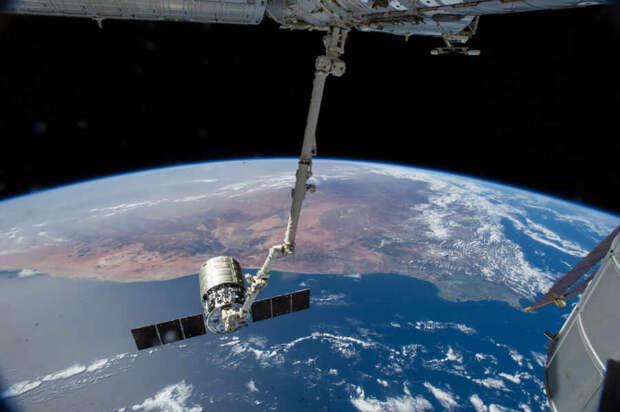 Москва с Пекином объединяют усилия для комплексного освоения и изучения естественного спутника Земли