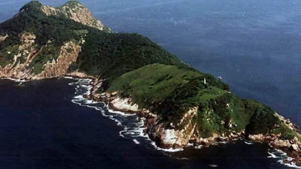 Кеймада-Гранди (Змеиный остров), Бразилия