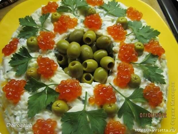 Царский салат с кальмарами и красной икрой (7) (520x390, 150Kb)