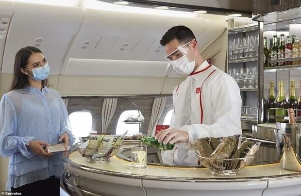 Самолеты Emirates открывают СПА-салоны для VIP-пассажиров