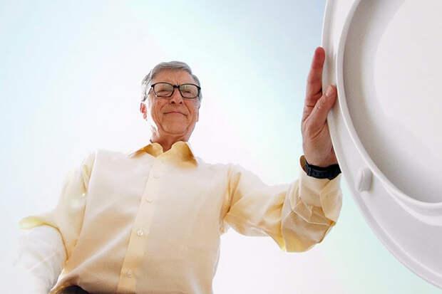 Билл Гейтс прокомментировал слухи об участии в заговоре по чипированию людей