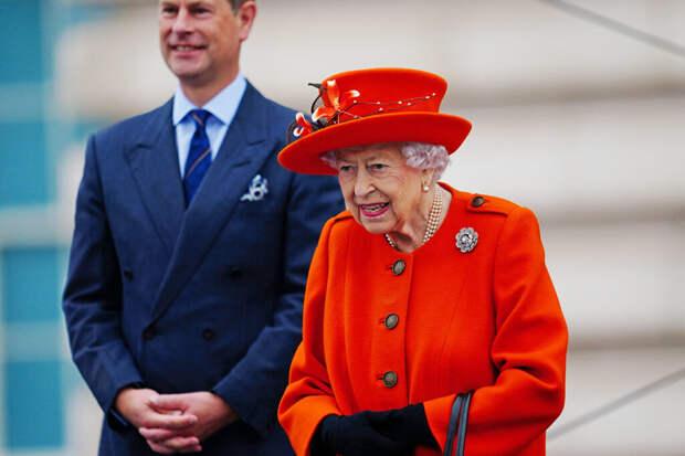 Журналист усомнился в данных дворца о здоровье королевы Елизаветы II