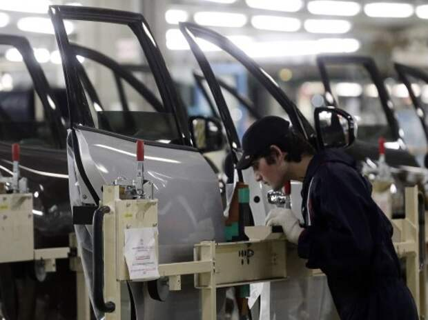 Ford, Volkswagen, Renault и Nissan не меняют планов на российском рынке