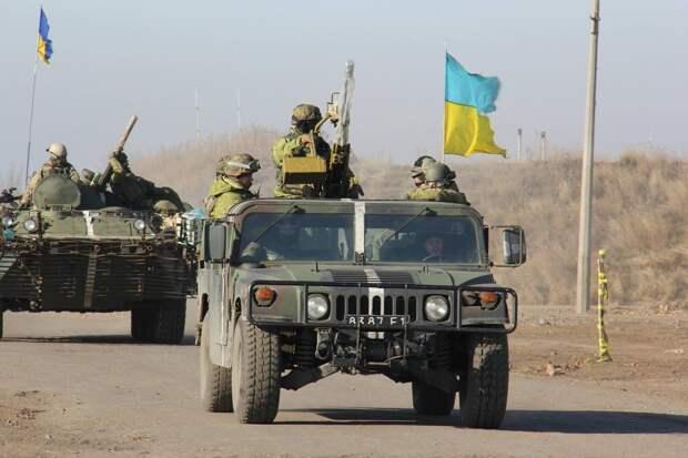 У военнослужащих ВСУ на Донбассе украли два американских автомобиля Hummer