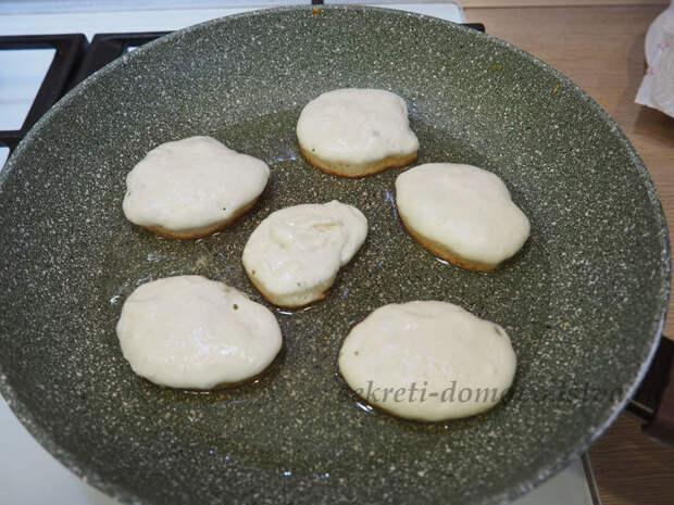 Оладьи без яиц — рецепт пышных оладий на кефире