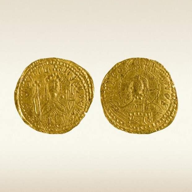 Золотые монеты Руси из собрания Государственного Эрмитажа, X-XVII вв.