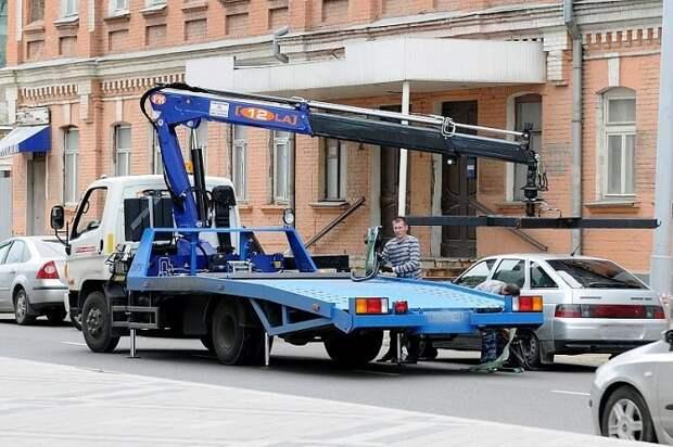 На Кубани эвакуировать неправильно припаркованные машины будет спецпредприятие
