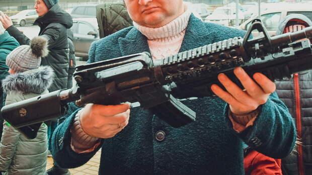 Вооруженные охотничьим ружьем неизвестные ограбили офис микрозаймов в Ростове
