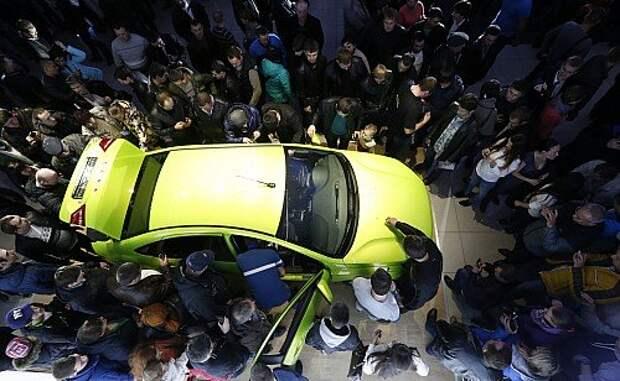 Больше двух в одни руки не отпускать: кому собирается насолить Lada Vesta