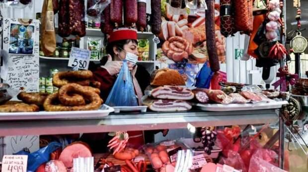 Дороже Москвы: что происходит с ценами на продукты в России