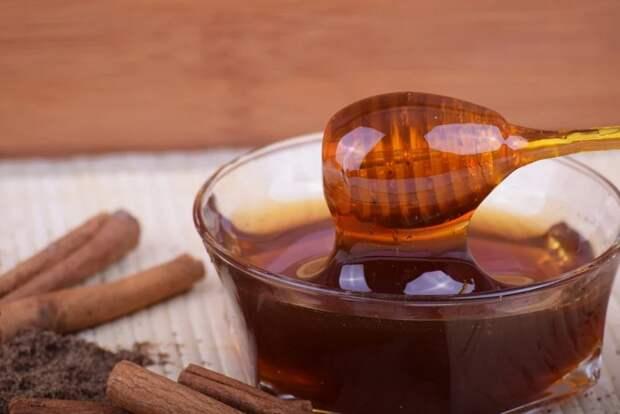 Сколько сахара в меде?