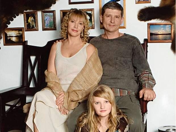 Елена Проклова с мужем и дочерью. Фото: личный архив Елены Прокловой.