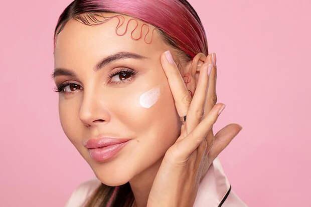 Блогер изуродовала лицо косметикой Оксаны Самойловой
