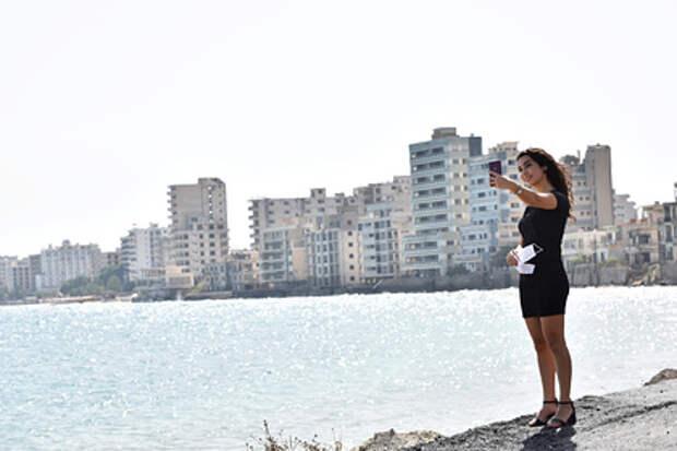 Туристам разъяснили правила пребывания на Кипре