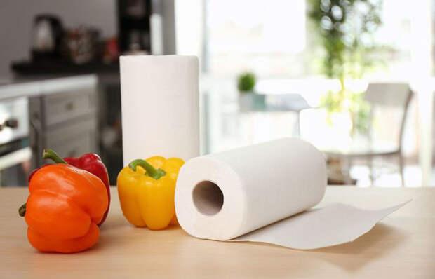 Как использовать бумажные полотенца: 10 полезных лайфхаков на разные случаи жизни