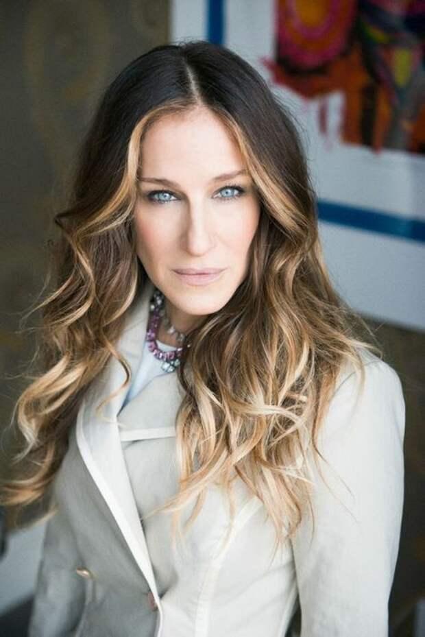 Сара Джессика Паркер - обладательница орлиного носа, которая умело использует макияж