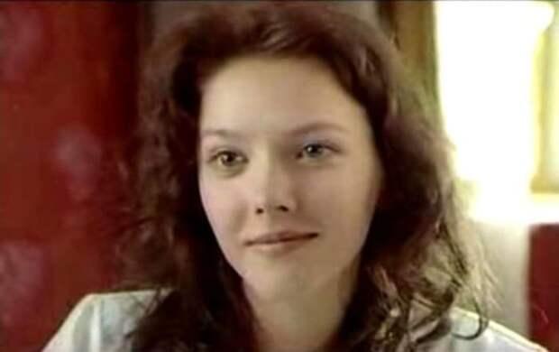 Ольга Понизова в фильме *Все будет хорошо*, 1995 | Фото: kino-teatr.ru