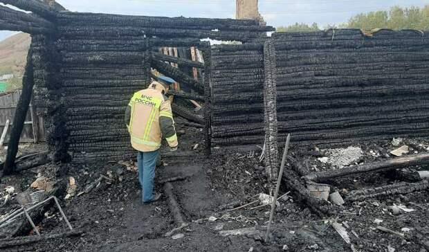 ВБашкирии впожаре погиб 15—летний мальчик