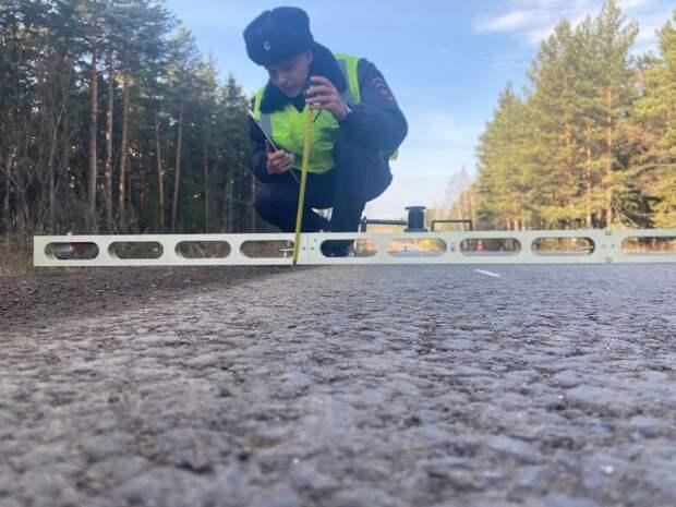 Госавтоинспекторы проверили качество ремонта дороги Элита - Арейское - станция Кача