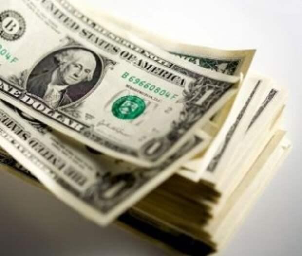 Всемогущий доллар покатился под откос?