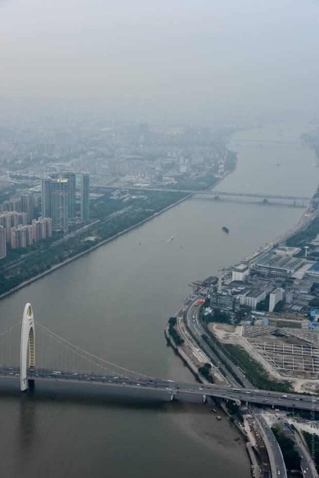 Фантастический Китай сквозь смог Гуанчжоу