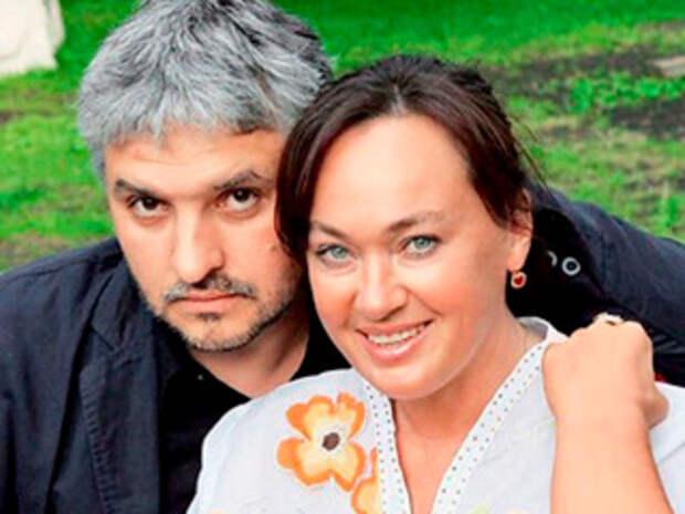 Муж Ларисы Гузеевой рассказал, почему актрису положили в больницу