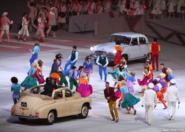 Взгляд из сети: на открытии Олимпиады блогеры увидели нелубочную Россию